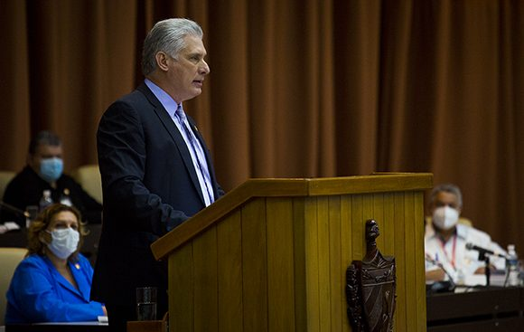 El presidente cubano adelantó que desde Estados Unidos se preparan nuevos planes desestabilizadores a los que auguró la derrota. (Foto: Irene Pérez/ Cubadebate)