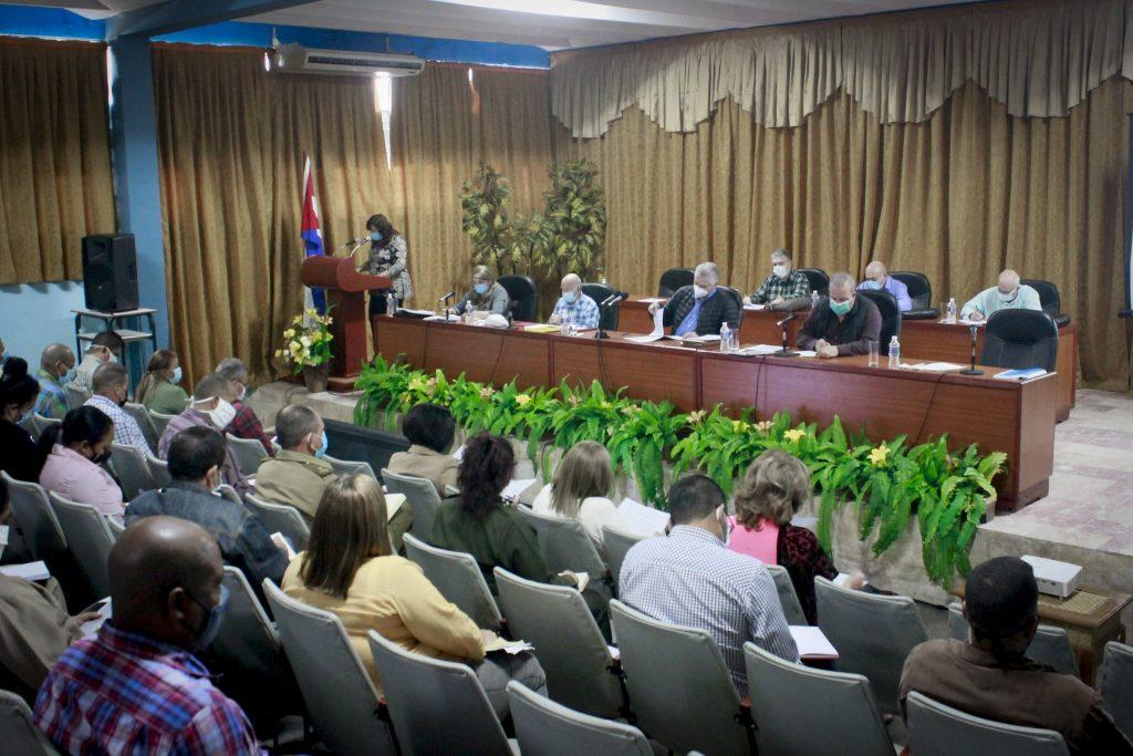 Díaz-Canel comentó el necesario proceso de reajuste que ha debido seguirse con la implementación de la Tarea Ordenamiento.
