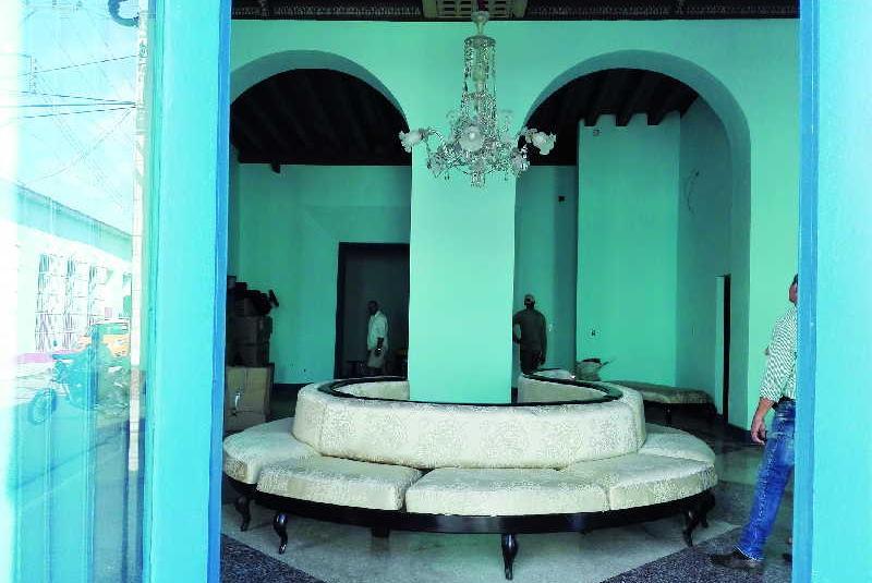 trinidad, aretes escenicas, patrimonio, teatro la caridad, oficina del conservador