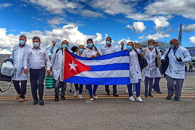 Una brigada de 85 médicos cubanos trabajaron en Perú desde junio hasta diciembre de 2020. (Foto: PL)
