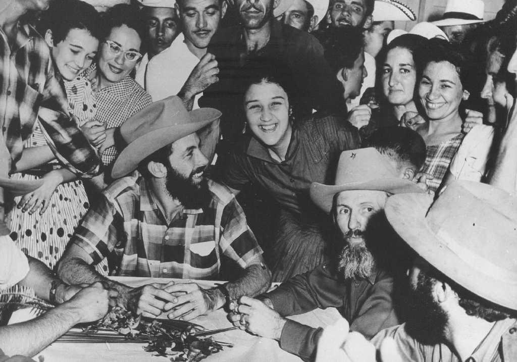 Camilo siempre mantuvo cordial relación con los pobladores.