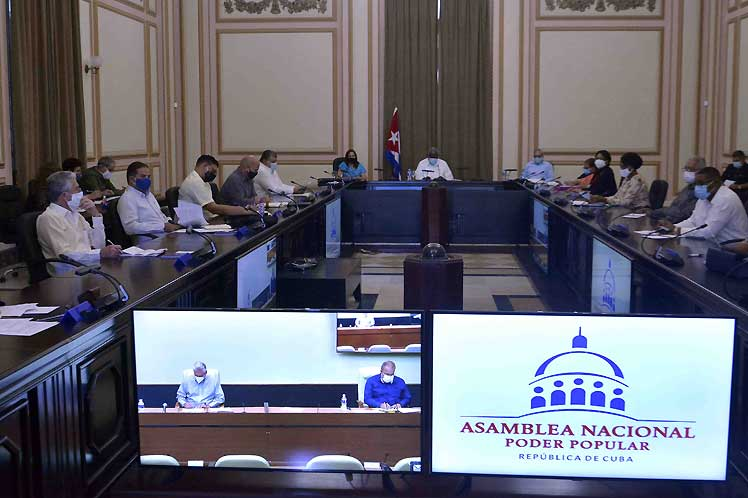 La reunión contó con la participación del presidente de la República, Miguel Díaz-Canel, y del primer ministro Manuel Marrero. (Foto: PL)