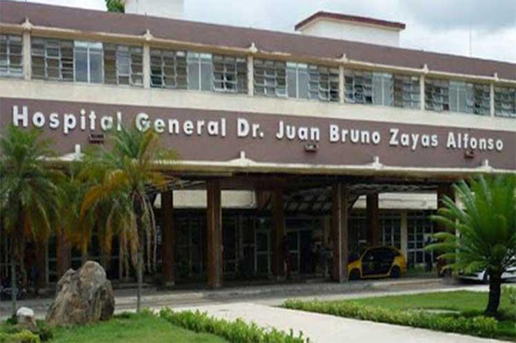 Tanto el Hospital Juan Bruno Zayas como el Ambrosio Grillo evidencian tener condiciones adecuadas para sus funciones fente a la pandemia. (Foto: PL)