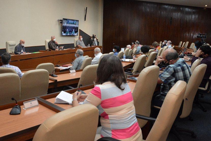 Las reuniones del Grupo Temporal de Trabajo para la Prevención y Control del nuevo coronavirus auscultan permanentemente al país. (Foto: Estudios Revolución)