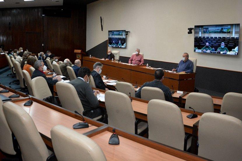 En el encuentro se informó que enero resultó el mes de mayores cifras relacionadas con la COVID-19 en Cuba. (Foto: Estudios Revolución)