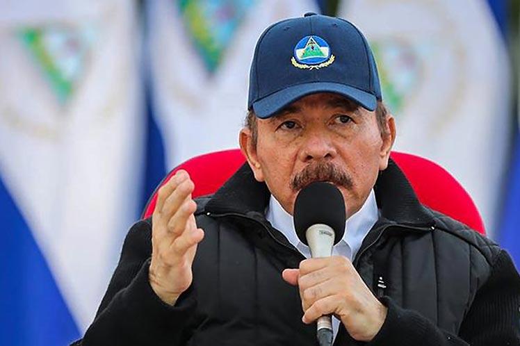 'No dejaremos de reclamar que cesen las sanciones en contra de Venezuela y del hermano pueblo de Cuba, el pueblo de Fidel y de Raúl', sostuvo el presidente Daniel Ortega. (Foto: PL)