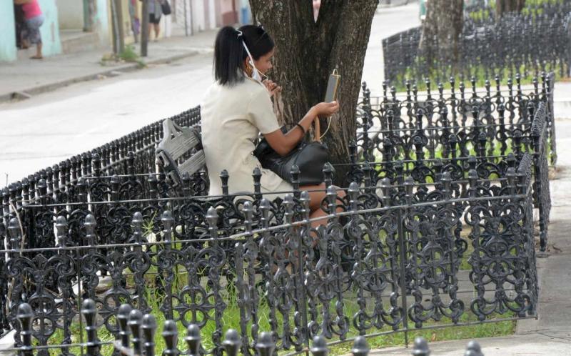 sancti spiritus, economia cubana, tarea ordenamiento, telefonia fija, telefonia movil, internet, nauta hogar