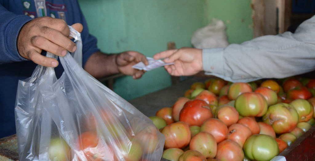 sancti spiritus, tarea ordenamiento, precios, revendedores, economia cubana