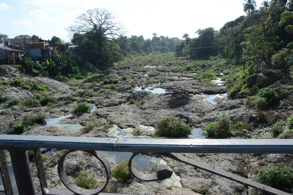 La sequía comienza a afectar a todo el territorio, pero en particular a Sancti Spíritus, Cabaiguán, Taguasco y La Sierpe.  (Foto: Vicente Brito / Escambray)