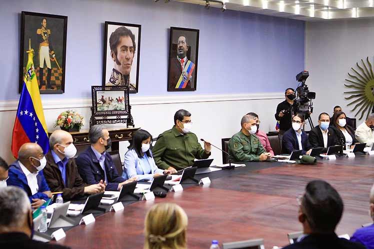 Maduro intervino en la reunión del Consejo de Ministros, desarrollada en el Palacio de Miraflores. (Foto: PL)