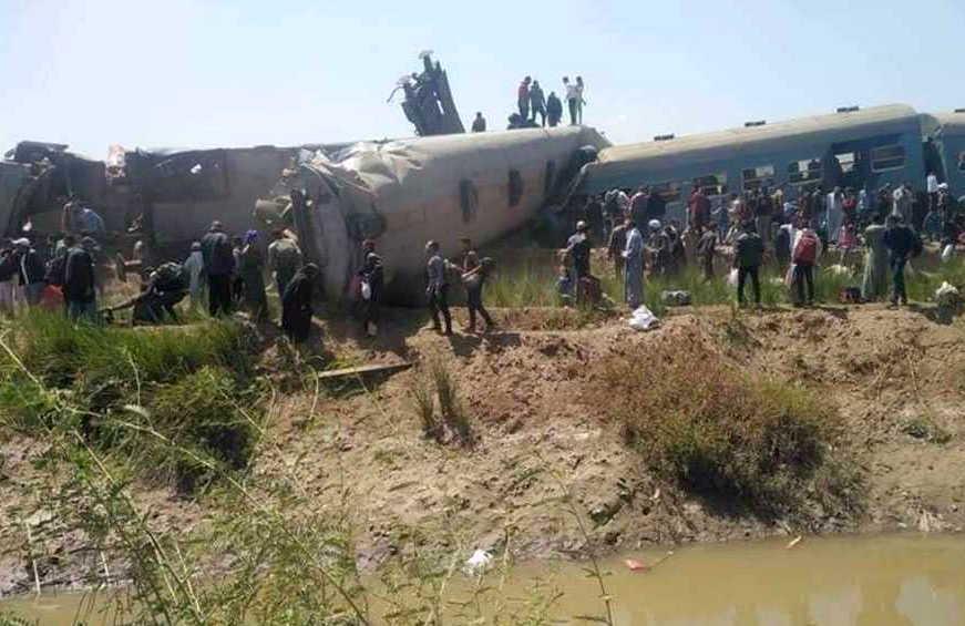 egipto, accidente ferroviario, choque de trenes