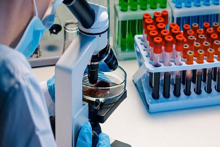El Instituto de Hematología e Inmunología desarrolla  investigaciones y ensayos clínicos como parte del seguimiento médico a los recuperados de la enfermedad. (Foto: PL)