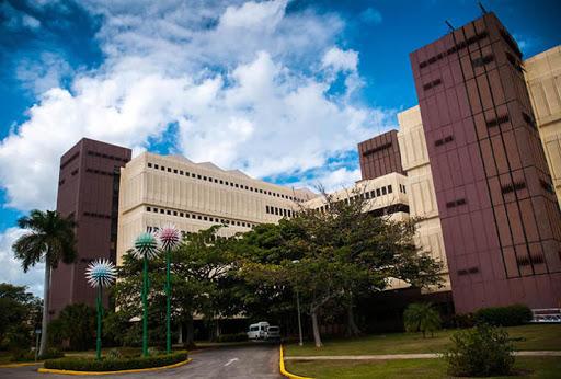 El Centro de Ingeniería Genética y Biotecnología (CIGB) es uno de los ejemplos de empresa de alta tecnología. (Foto: ACN)