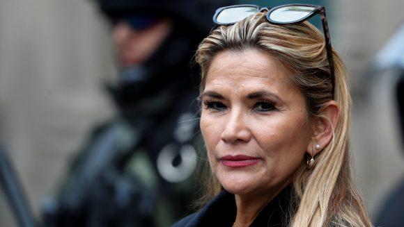 La justicia boliviana mantiene presa y sometida a juicio a la expresidenta Áñez. (Foto: Cubadebate)