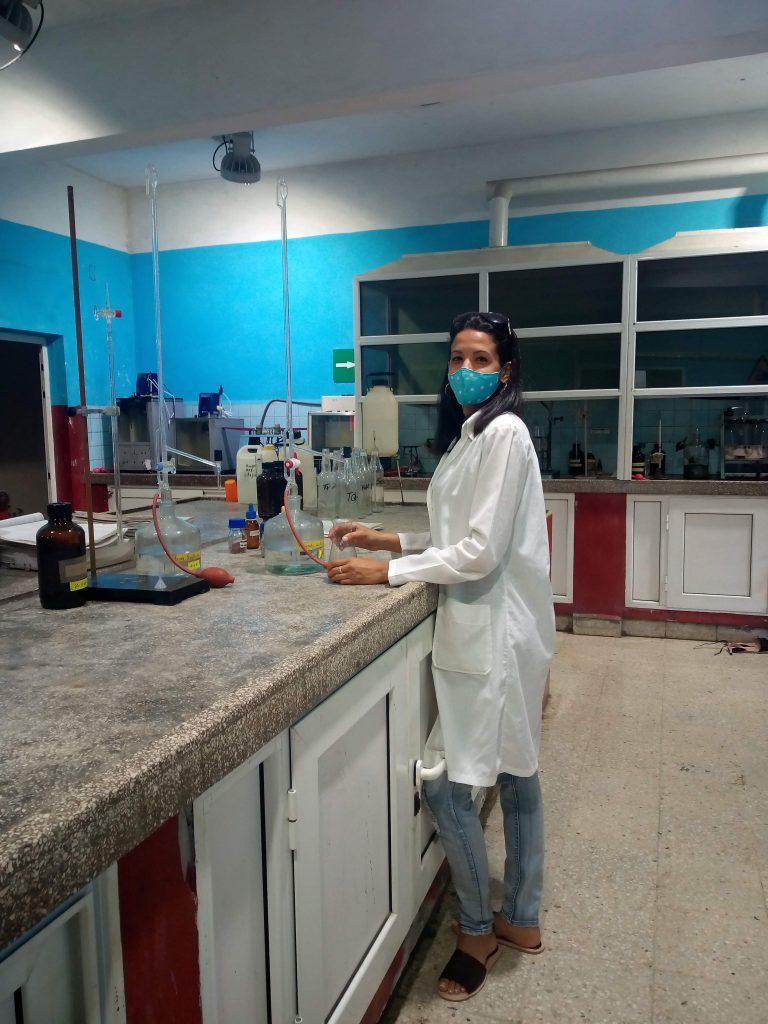 Varios análisis se le realizan al crudo una vez que llega al laboratorio.