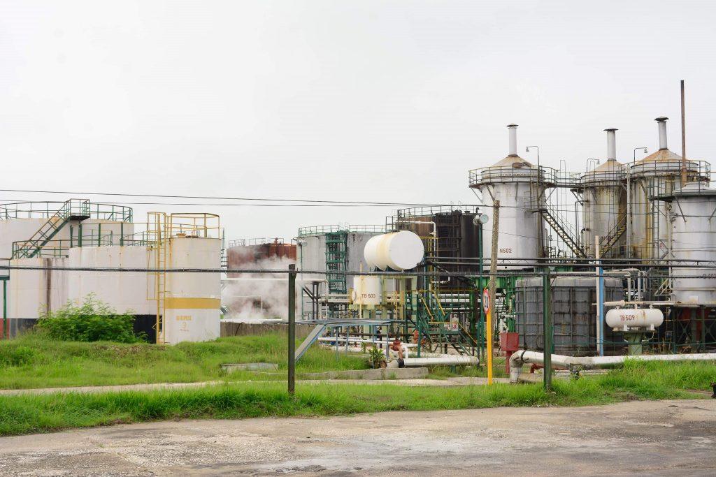 La industria espirituana distingue por sus producciones en el país.