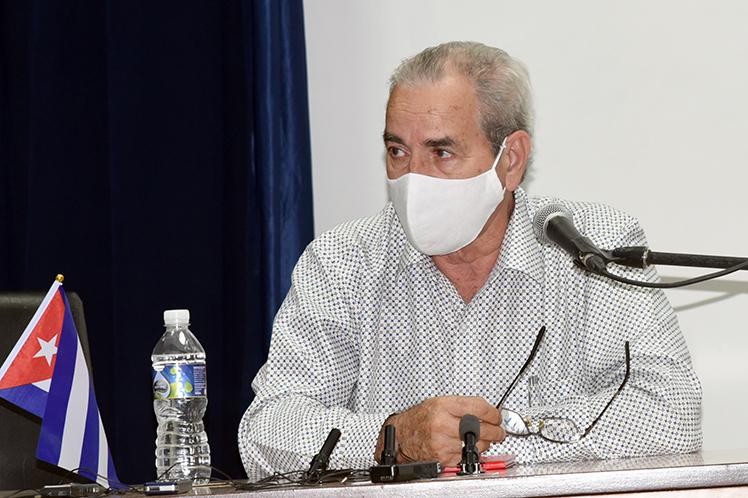 'Defendemos la permanente existencia de cursos regulares diurnos para el pregrado', aseguró el titular del MES José Ramón Saborido. (Foto: PL)
