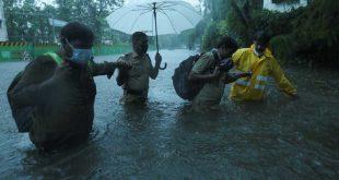 india, ciclon, intensas lluvias, desastres naturales, covid-19