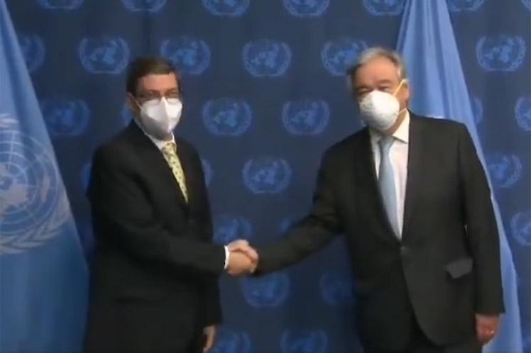 Bruno Rodríguez ratificó a Guterres el apoyo de Cuba al fortalecimiento del multilateralismo. (Foto: PL)