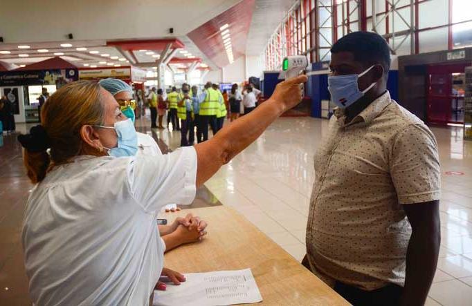cuba, covid-19, viajeros cubanos, coronavirus, salud publica