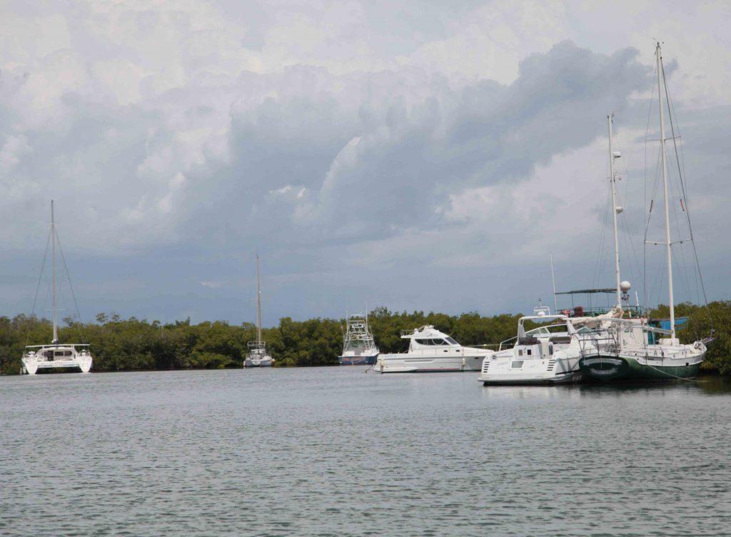 En la Marina Marlin de Trinidad están resguardadas decenas de embarcaciones pertenecientes al turismo y la pesca.