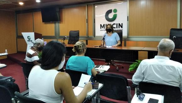 La titular del Mincin adelantó que todos los productos donados al país serán entregados de manera gratuita a la población. (Foto: Abdiel Bermúdez)