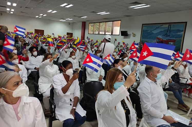 El colectivo aportará sus conocimientos y principios de solidaridad para detener el impacto de la pandemia en Cuba. (Foto: PL)