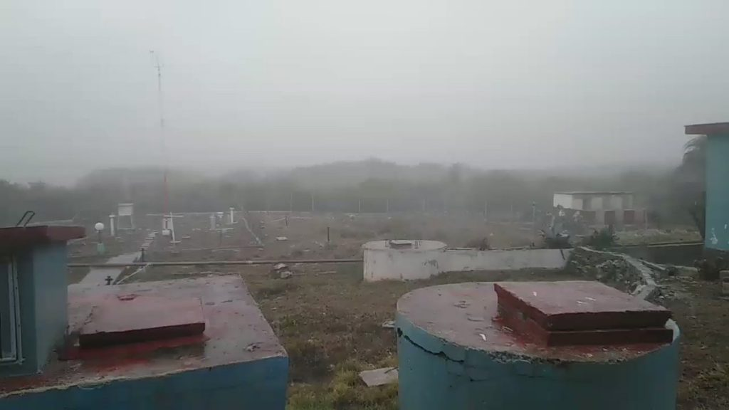 Los observadores de la Estación de Cabo Cruz han mantenido la vigilancia estricta de las variables meteorológicas. (Foto: @castroines21)