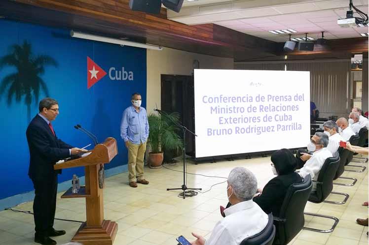 En Cuba no hubo el domingo 11 de julio un estallido social; hubo disturbios, desorden, causados por una operación comunicacional, aseguró Bruno Rodríguez. (Foto: PL)