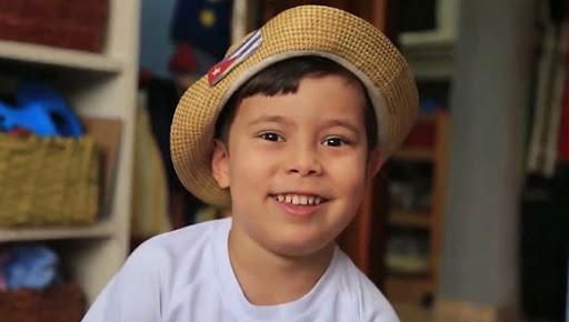 Chamaquili, ese pequeñín simpático y ocurrente, invita a niñas y niños al reto de cantar, jugar, bailar, divertirse y subir cada quien su video a las redes.