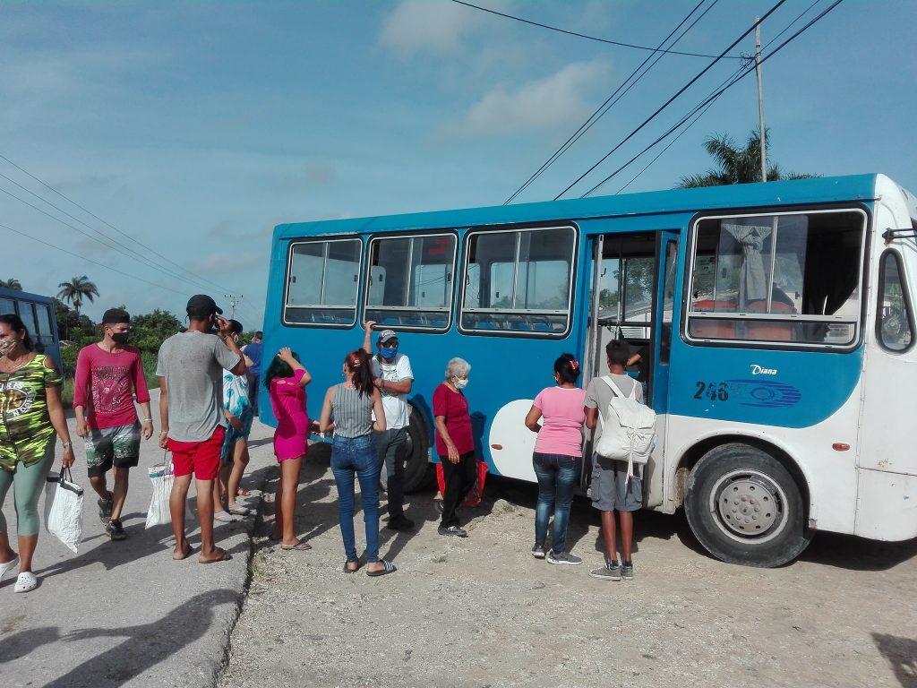 Los pobladores reconocen la prontitud con que han tenido lugar las labores de evacuación.