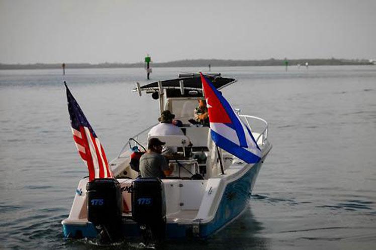 Los participantes en el periplo manifestaron su inconformidad porque pocos barcos se sumaron a la iniciativa. (Foto: PL)