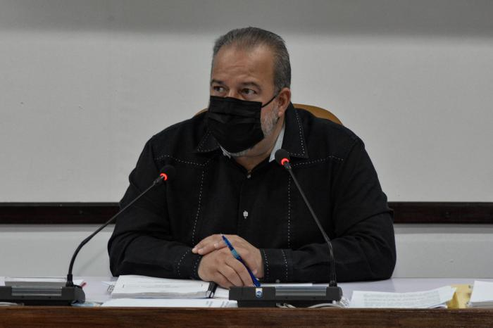 Manuel Marrero, primer Ministro de Cuba. (Foto: Estudios Revolución)