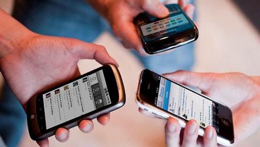 El precio de los servicios de SMS nacionales procede solo para las personas naturales, clientes de telefonía móvil. (Foto: ACN)