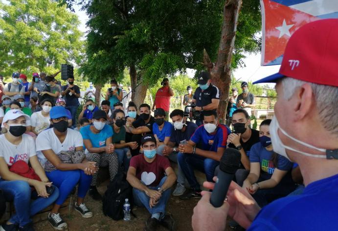 cuba, la habana, 26 de julio, asalto al cuartel moncada, miguel diaz-canel, trabajo voluntario, la habana