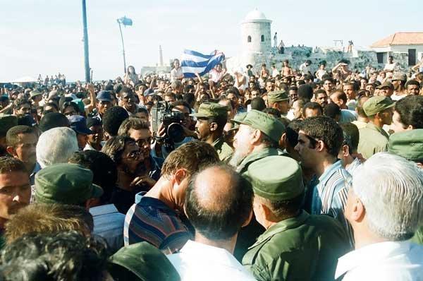 El liderazgo de Fidel Castro para enfrentar la situación aquel 5 de agosto, siempre merecerá reconocimientos. (Foto: Estudios Revolución)