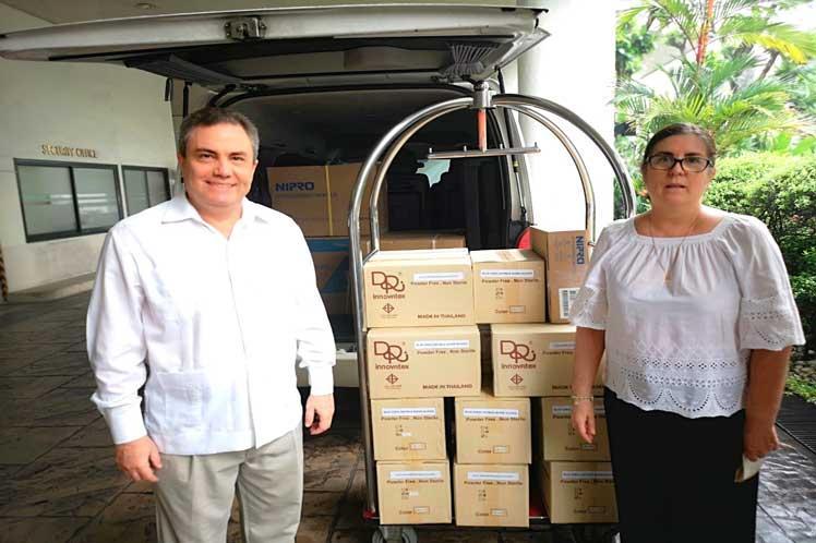 cuba, tailandia, donaciones, solidaridad con cuba, covid-19