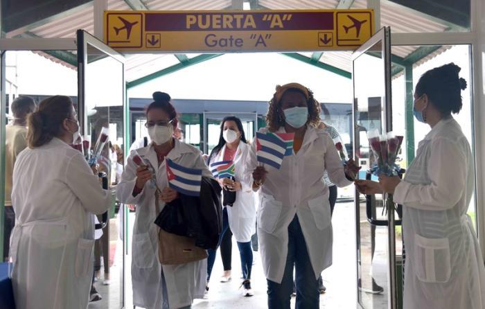 cuba, mujeres cubanas, federacion de muejeres cubanas, fmc, salud publica, covid-19, contingente henry reeve