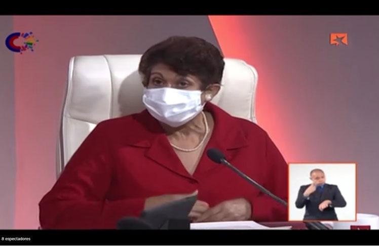 La ministra de Educación, Ena Elsa Velázquez, intervino este miércoles en el programa radiotelevisivo Mesa Redonda.