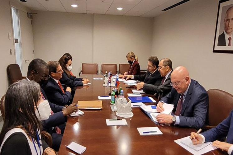 Durante el intercambio, Bruno y Lavrov ratificaron la importancia de fortalecer aún más las relaciones económicas, comerciales, financieras y de cooperación. (Foto: PL)